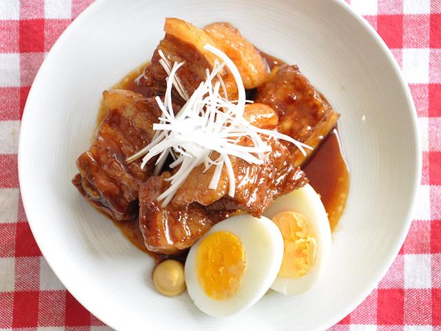 豚の黒酢角煮